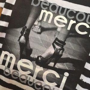 beaucoup merci graphic hi-low t-shirt Sz M